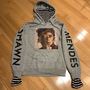 Shawn Mendes Hoodie - size S